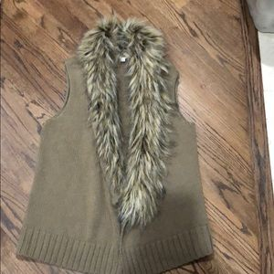 BB Dakota Beige Faux Fur knit vest